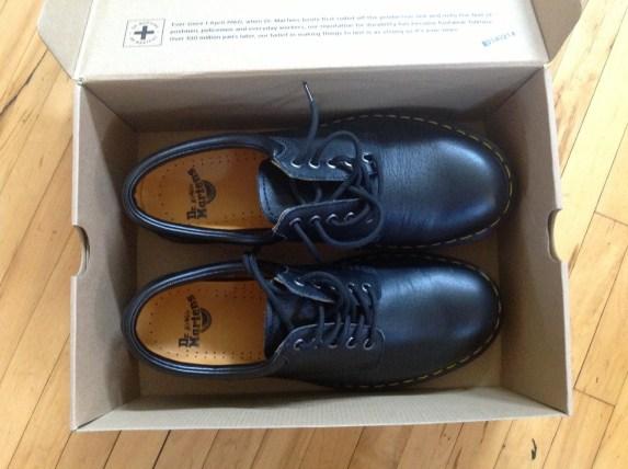 shoes-box-open-2